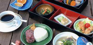 レストラン「やすらぎ館」のイメージ